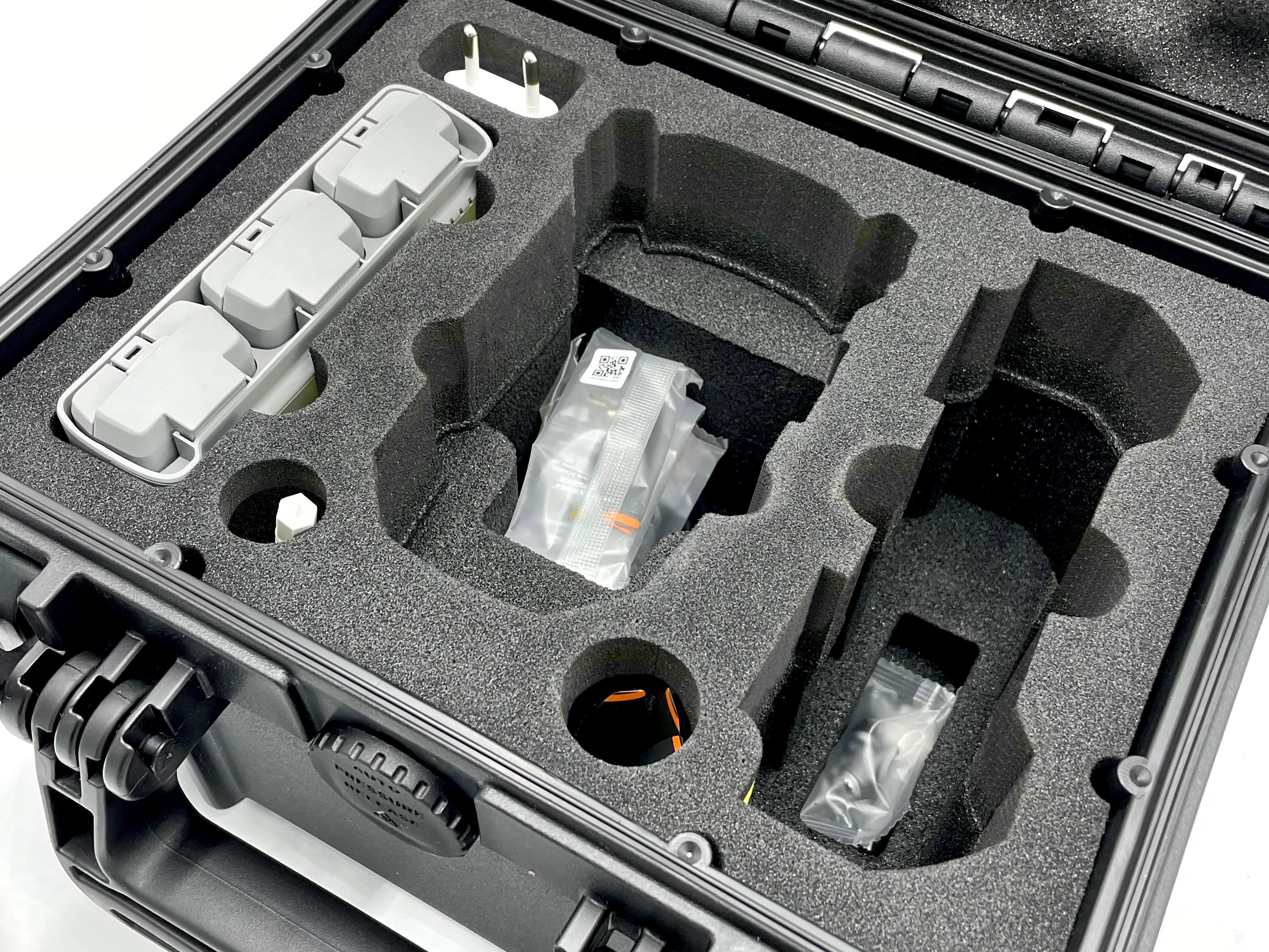 Mavic Mini 2 in a Doro 0907-6 Case0