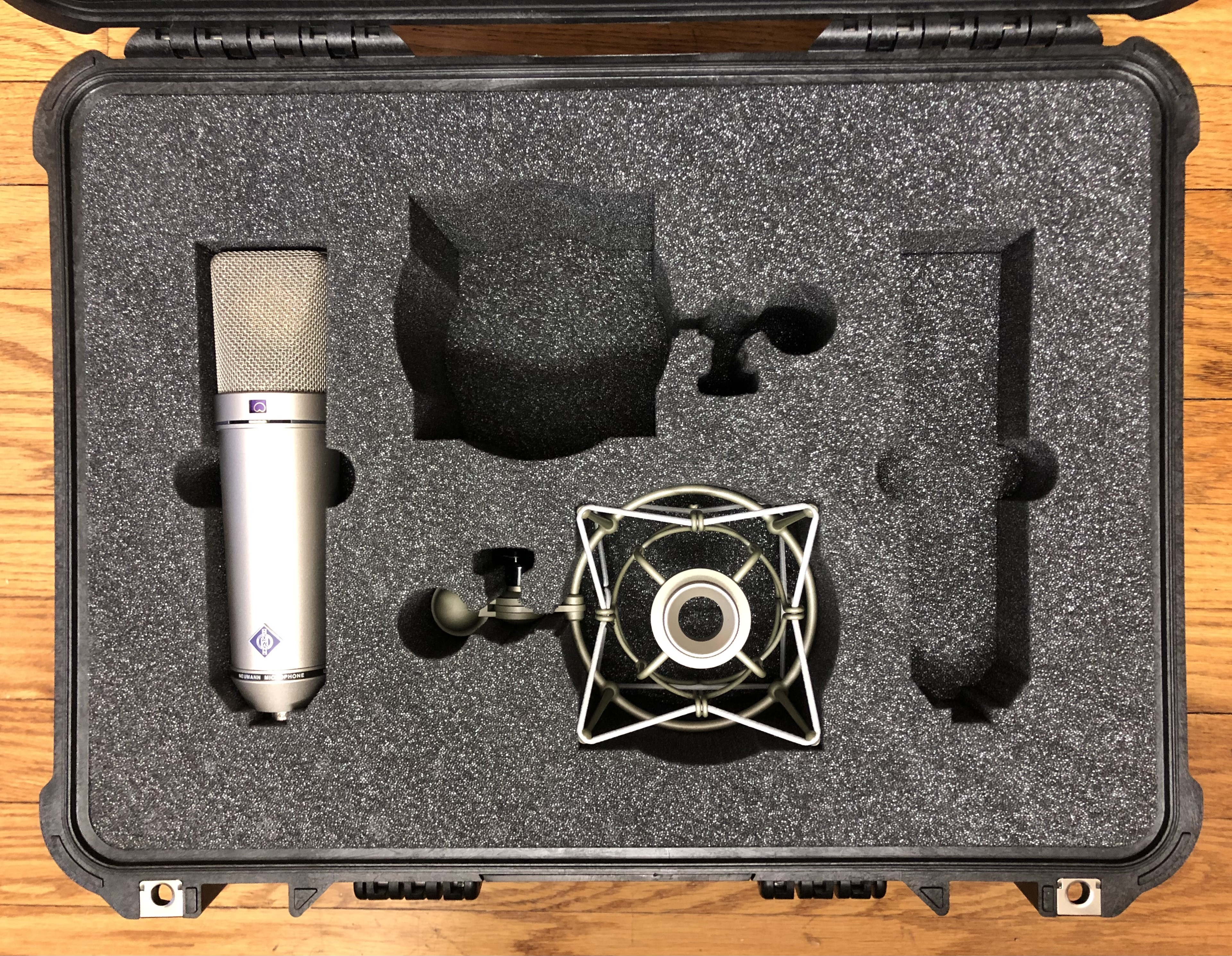 Neumann U87ai Stereo Pair with Shockmounts in Pelican 1520 Case10